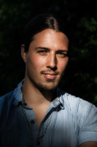 Composer Valentin Boomes