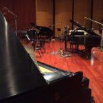3-pianos-for-accountant-cue